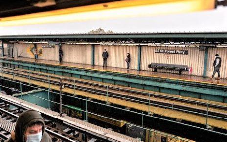 紐約市地鐵站台
