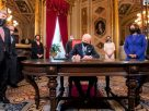 拜登總統就任第一天 簽署17項行政命令 嚴防「跛腳總統」子夜法規